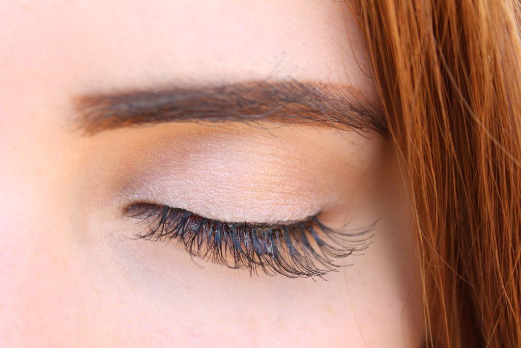 eyelashes for travel